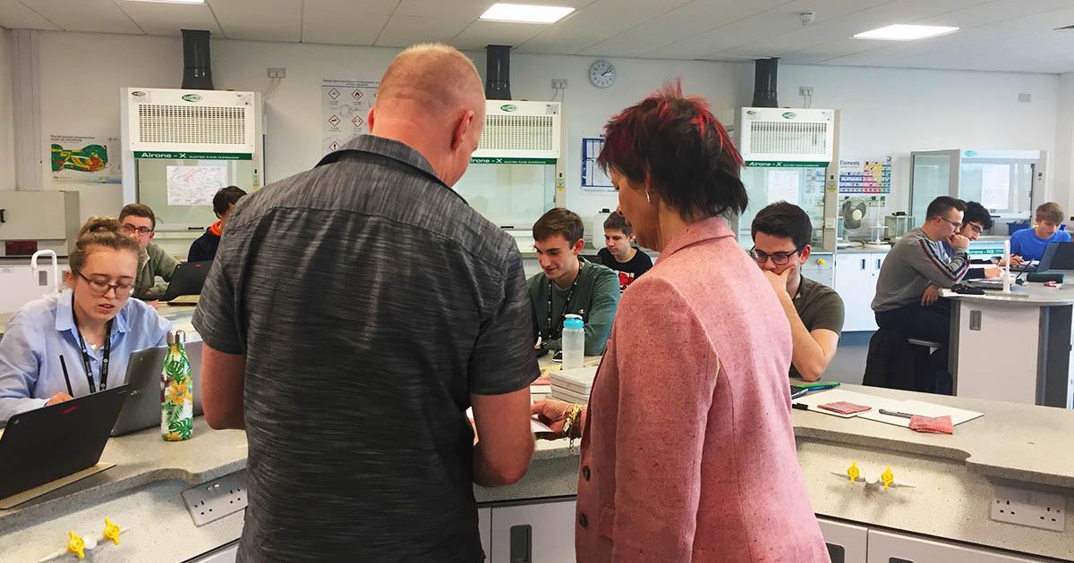 Anne Milton MP visits Science Centre